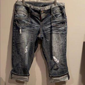 Cropped Capri jeans